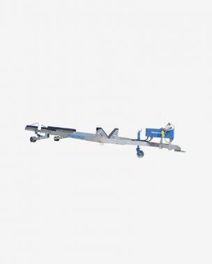 Carrello trainato anfibio con pistoni idraulici